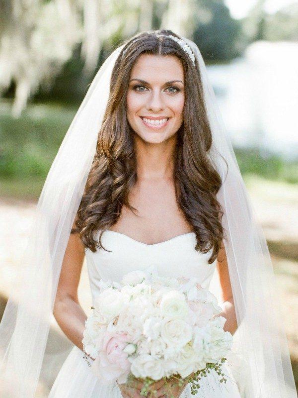 acconciatura da sposa capelli sciolti