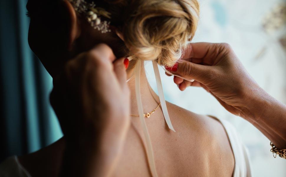 Le acconciature da sposa: come scegliere il giusto look